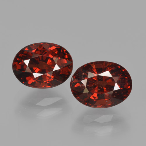 Red Pyrope Garnet Gem - 1.9ct Oval Facet (ID: 466067)