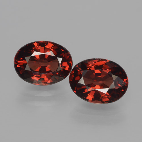 Red Pyrope Garnet Gem - 1.6ct Oval Facet (ID: 466071)