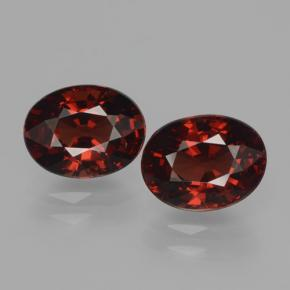 Red Pyrope Garnet Gem - 1.8ct Oval Facet (ID: 466077)