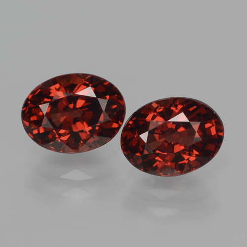 Deep Blood Red Pyrope Garnet Gem - 1.9ct Oval Facet (ID: 466079)