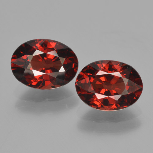 Red Pyrope Garnet Gem - 1.6ct Oval Facet (ID: 466130)