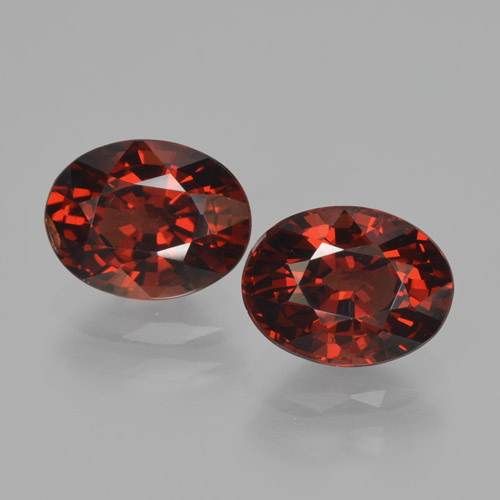 Red Pyrope Garnet Gem - 1.8ct Oval Facet (ID: 466145)