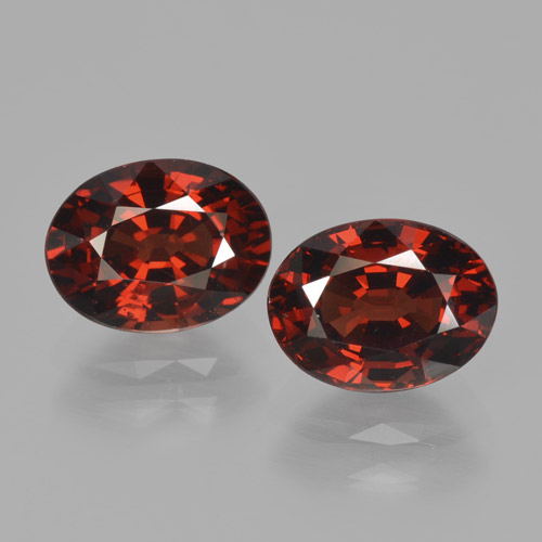 Red Pyrope Garnet Gem - 1.8ct Oval Facet (ID: 466152)