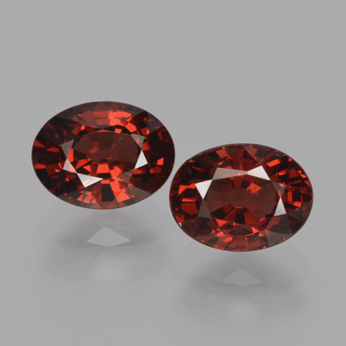 Red Pyrope Garnet Gem - 1.8ct Oval Facet (ID: 466166)