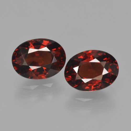Red Pyrope Garnet Gem - 1.7ct Oval Facet (ID: 466172)