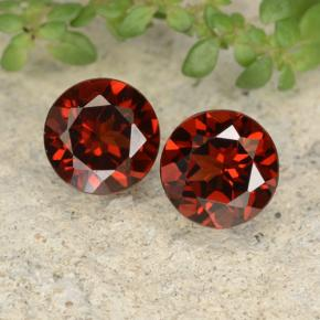 Medium Red Pyrope Garnet Gem - 1ct Round Facet (ID: 478117)