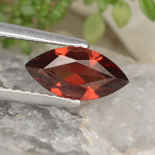 1.2ct Marquise Facet Red Pyrope Garnet Gem (ID: 478952)