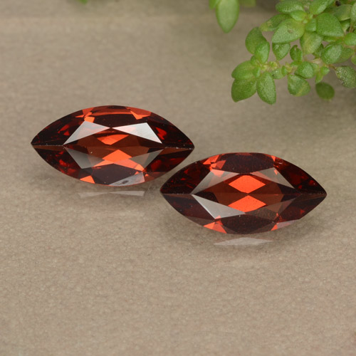 Deep Red Pyrope Garnet Gem - 1.1ct Marquise Facet (ID: 479075)
