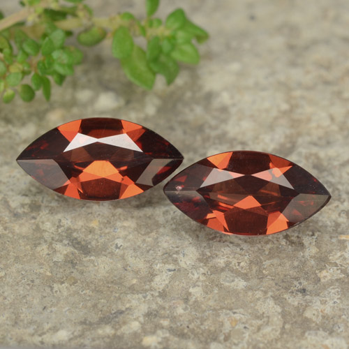 Bright Red Pyrope Garnet Gem - 0.9ct Marquise Facet (ID: 479083)