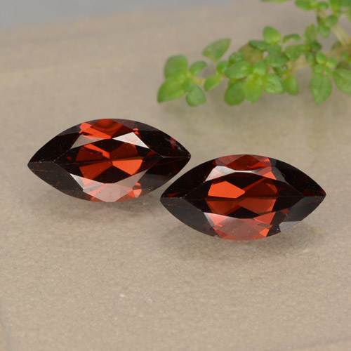 1.4ct Marquise Facet Red Pyrope Garnet Gem (ID: 479155)