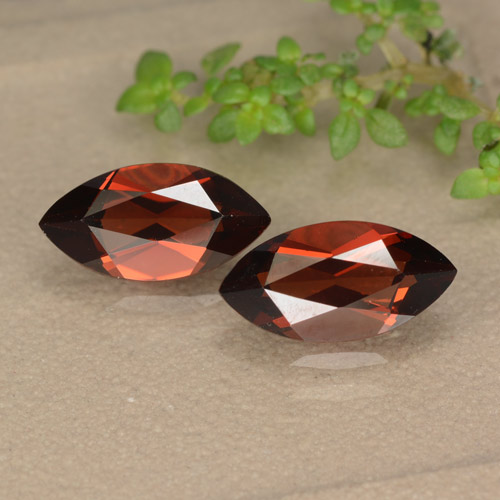 Deep Red Pyrope Garnet Gem - 1.4ct Marquise Facet (ID: 479159)