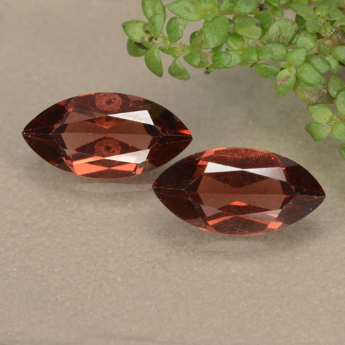 Scarlet Red Pyrope Garnet Gem - 1.2ct Marquise Facet (ID: 479199)
