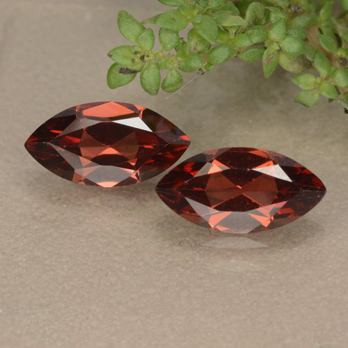 Scarlet Red Pyrope Garnet Gem - 1.3ct Marquise Facet (ID: 479208)
