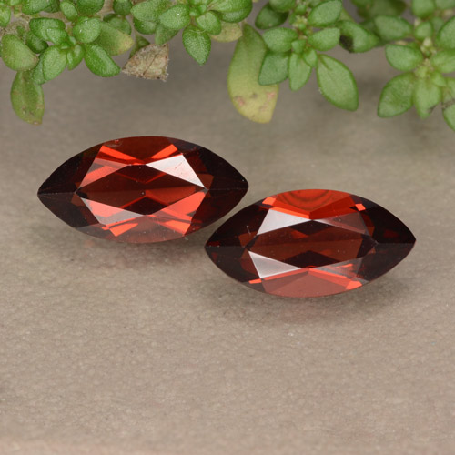 Dark Red Pyrope Garnet Gem - 1.4ct Marquise Facet (ID: 479251)