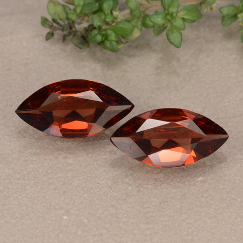 Deep Red Pyrope Garnet Gem - 0.9ct Marquise Facet (ID: 479324)
