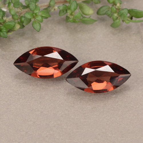 Red Pyrope Garnet Gem - 0.9ct Marquise Facet (ID: 479325)