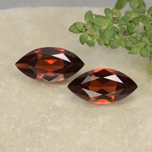 Deep Red Pyrope Garnet Gem - 1.1ct Marquise Facet (ID: 479374)