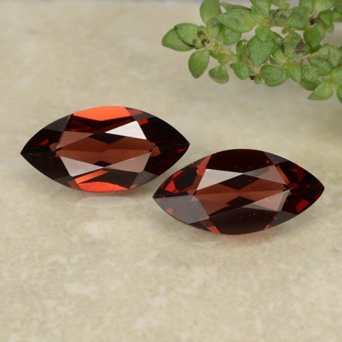 Intense Red Pyrope Garnet Gem - 1.1ct Marquise Facet (ID: 479375)
