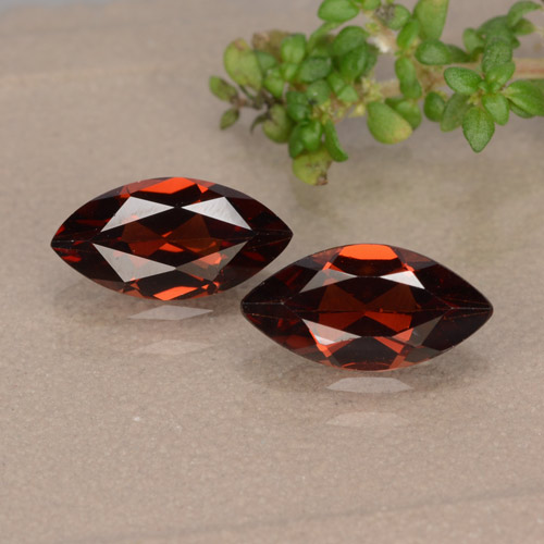 Deep Red Pyrope Garnet Gem - 1.1ct Marquise Facet (ID: 479542)