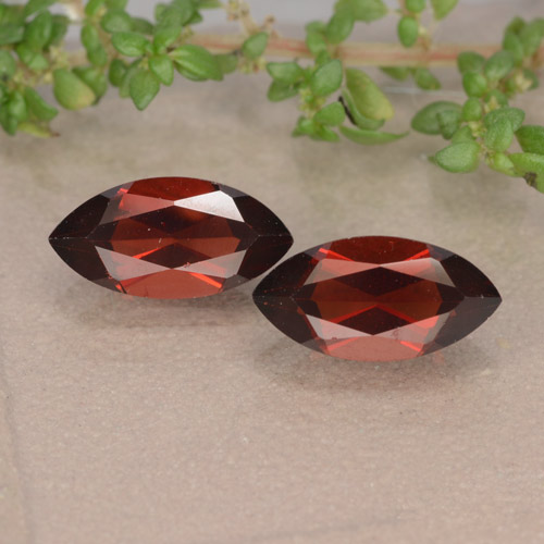 Deep Red Pyrope Garnet Gem - 1.4ct Marquise Facet (ID: 479547)