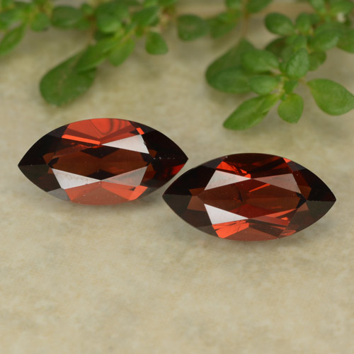 Deep Red Pyrope Garnet Gem - 1.5ct Marquise Facet (ID: 479635)