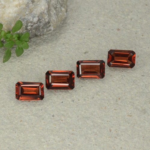 0.6ct Octagon Step Cut Sangria Red Pyrope Garnet Gem (ID: 480689)
