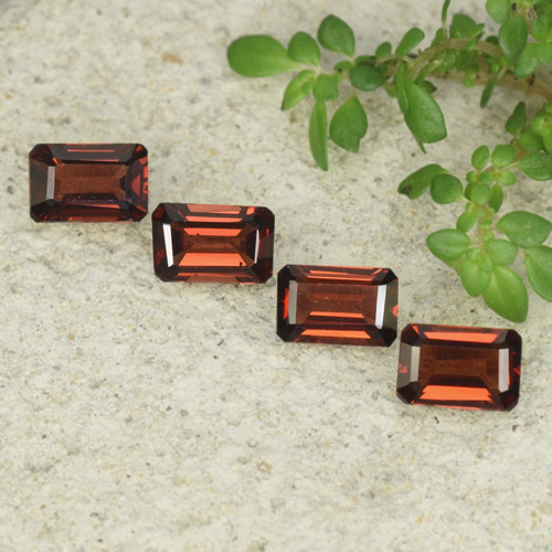 0.7ct Octagon Step Cut Sangria Red Pyrope Garnet Gem (ID: 480918)