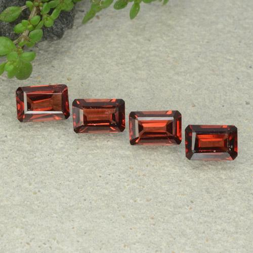 Deep Red Pyrope Garnet Gem - 0.6ct Octagon Step Cut (ID: 480925)