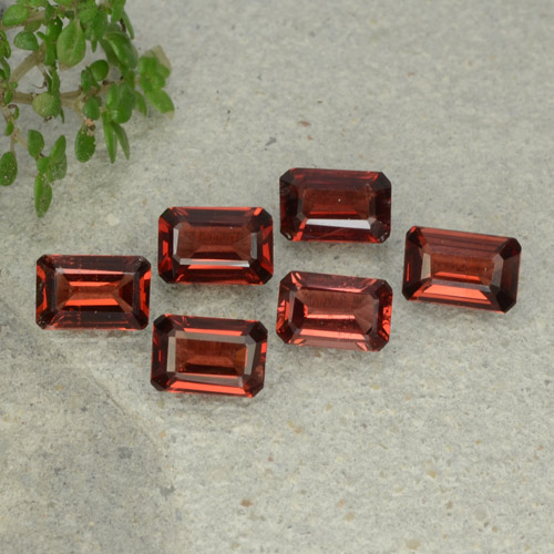 0.6ct Octagon Step Cut Deep Red Pyrope Garnet Gem (ID: 480940)