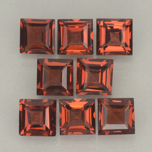 Orange Red Pyrope Garnet Gem - 0.4ct Square Step-Cut (ID: 500204)