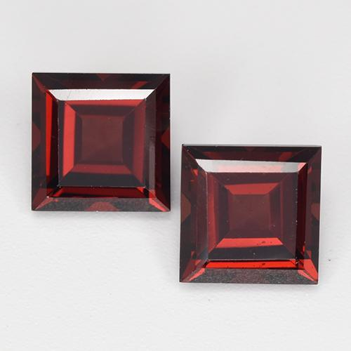 Deep Blood Red Pyrope Garnet Gem - 2.2ct Square Step-Cut (ID: 513489)