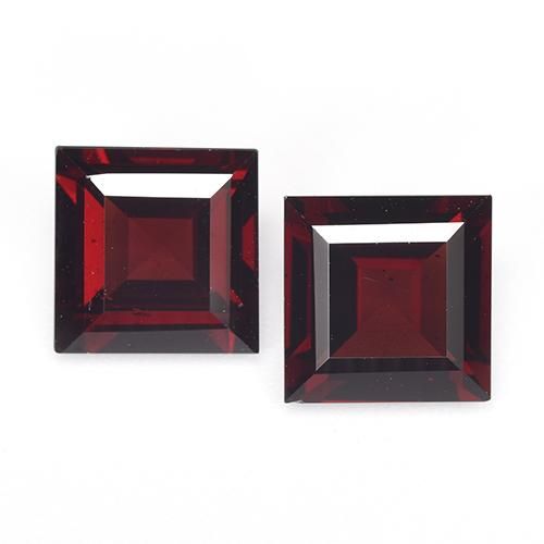 2.82 ct Square Step-Cut Deep Red Pyrope Garnet Gemstone 8.11 mm x 8 mm (Product ID: 518833)