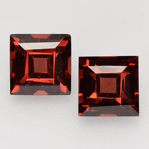 Deep Scarlet Red Pyrope Garnet Gem - 0.5ct Square Facet (ID: 526860)