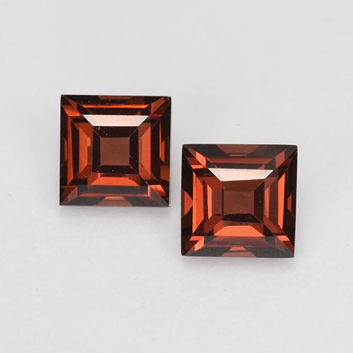 Deep Red Pyrope Garnet Gem - 0.5ct Square Facet (ID: 527700)