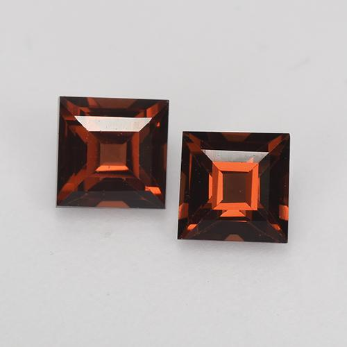 Merlot Red Pyrope Garnet Gem - 0.5ct Square Facet (ID: 527702)
