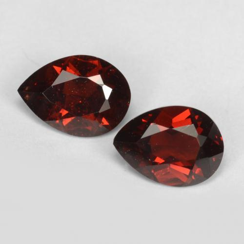 Dark Red Pyrope Garnet Gem - 0.9ct Pear Facet (ID: 538285)