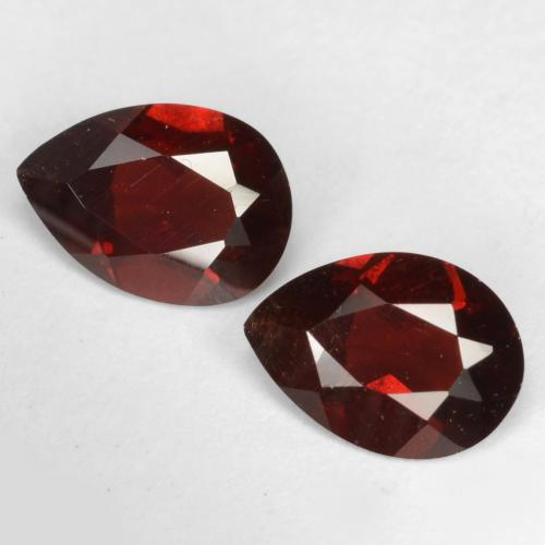 Deep Blood Red Granate Piropo Gema - 0.8ct Corte en forma de pera (ID: 538289)