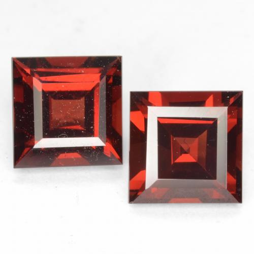 Sangria Red Pyrope Garnet Gem - 2.1ct Square Facet (ID: 539002)