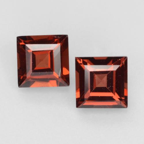 Deep Red Pyrope Garnet Gem - 0.5ct Square Facet (ID: 543721)