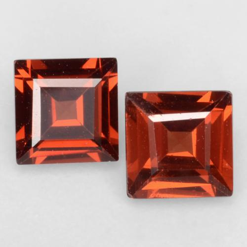 Fire Red Pyrope Garnet Gem - 0.4ct Square Facet (ID: 543999)