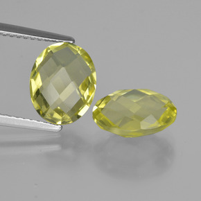 thumb image of 2.4ct Oval Checkerboard (double sided) Lemon Quartz (ID: 416739)