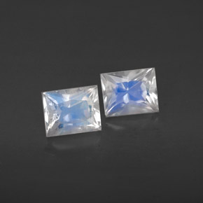 Buy 0.98 ct Blue White Rainbow Moonstone 4.98 mm x 4 mm from GemSelect (Product ID: 281000)