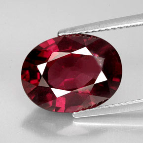 Buy 7.08 ct Pinkish Red Rhodolite Garnet 13.41 mm x 10.3 mm from GemSelect (Product ID: 159268)