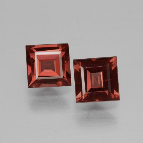 Pinkish Rose Rhodolite Garnet Gem - 0.7ct Square Facet (ID: 431063)