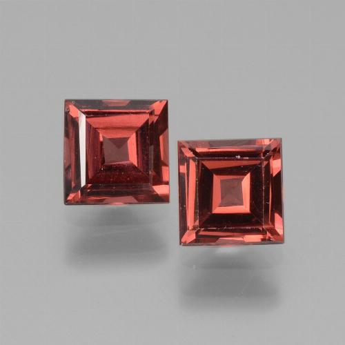 Pinkish Rose Rhodolite Garnet Gem - 0.8ct Square Facet (ID: 431104)