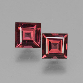 Pinkish Rose Rhodolite Garnet Gem - 0.7ct Square Facet (ID: 431114)