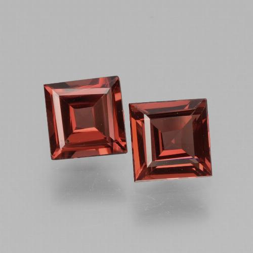 Dark Red Rhodolite Garnet Gem - 0.7ct Square Facet (ID: 431169)