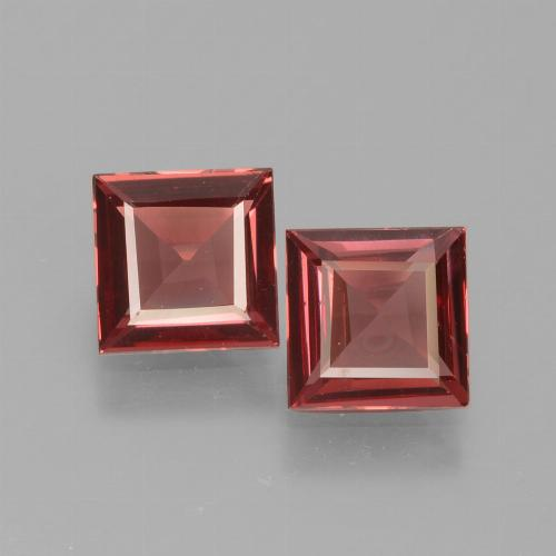 Pinkish Rose Rhodolite Garnet Gem - 0.7ct Square Facet (ID: 431198)