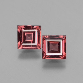 Pinkish Rose Rhodolite Garnet Gem - 0.7ct Square Facet (ID: 431293)