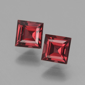 Pinkish Rose Rhodolite Garnet Gem - 0.9ct Square Facet (ID: 431295)
